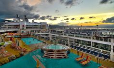 Day's end on deck 15 of Allure of the Seas.