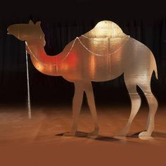 Add this fun Gold Standing Camel Kit to your Egyptian or Tropical Prom or Homecoming theme to lend an authentic touch. Festa Tema Arabian Nights, Arabian Nights Prom, Arabian Nights Theme, Aladdin Play, Aladdin Musical, Arabian Theme, Arabian Party, Egyptian Themed Party, Aladdin Birthday Party