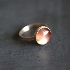 Hey, I found this really awesome Etsy listing at https://www.etsy.com/listing/166969083/oregon-sunstone-ring-apricot-peach-pink