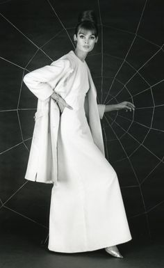 Jean Shrimpton wearing a gown by Susan Small, 1962. Photo by Ronald Falloon. ELEGANT GOWN AND LOVE THE COAT, PERFECTLY SIMPLE!!!! DEAN