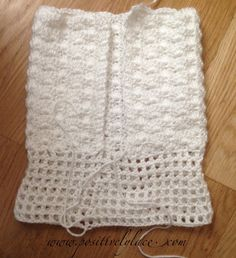 FREE Crochet Baby Tutu pattern!  Very basic instructions at www.positivelylace.com