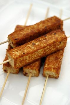 Savory Grilled Tofu On-A-Stick Recipe. Easy to make and fun to eat, this crispy wake-up-your-tastebuds tofu provides a delicious vegan version of traditional corn dogs. Sweet and hot mustard is the secret ingredient in the tangy, delicious coating. Tofu Recipes, Whole Food Recipes, Vegetarian Recipes, Cooking Recipes, Healthy Recipes, Tofu Dishes, Vegan Dishes, Whole Foods Market, Grilled Tofu