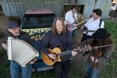 Ep264 - Milagro Saints -  The Milagro Saints play tracks from Tupelo and talk about their American Mythology, Woody Guthrie's influence, and the importance of stupid banter.   This week I've got the new alums from Sam Morrow and Randall Bramblett. Plus I've got new music from the Rayburn Brothers Band, The Legendary Shack Shakers, Lance Canales, Shemekia Copeland, Amy Helm, and Edward David Anderson all on this special two hour episode of the show.