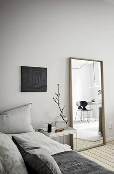 Minimal Studio - via Coco Lapine Design blog