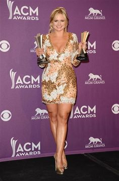1.LOVE her curves. Thank you, Miranda, for making it ok. 2. LOVE the dress! 3. LOVE the heels!