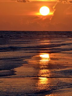 ✮ sunset ~ sunrise ❤️ I want to be right here for the rest of my life.