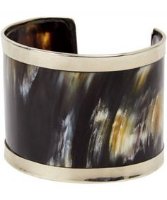 Dress up your outfit or keep it chic and casual with this stunning statement cuff. Due to the nature of this cuff, colours will vary slightly. 6cm deep