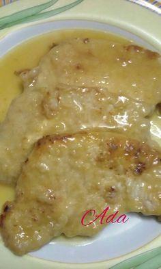 Scaloppine al limone Ingredienti: Fettine di manzo o vitello; Burro; Olio; Sale; Farina; 1 cucchiaino di amido o fecola; Succo di ...