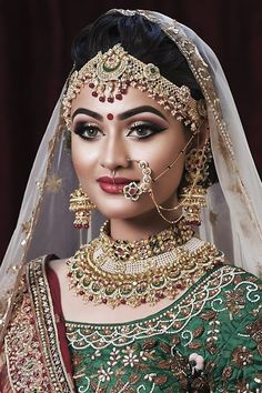 Unbelievable Tips Can Change Your Life: Beaded Bridal Jewelry beaded jewelry wedding. Asian Bridal Makeup, Indian Makeup, Bridal Makeup Looks, Bride Makeup, Bridal Looks, Indian Beauty, Bridal Style, Bridal Beauty, Bridal Dulhan Makeup