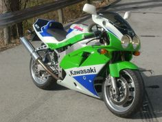 Kawasaki Ninja ZX7-R. Back when the 'R' meant something, homologation Race bike.