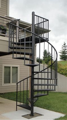 60 Best Spiral Staircase Ideas, The Complete Knowhow - Enjoy Your Time Spiral Staircase Outdoor, Spiral Stairs Design, Rustic Staircase, Curved Staircase, Modern Staircase, Stair Railing, Staircase Design, Staircase Ideas, External Staircase