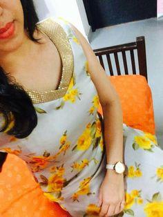 Image reult for contrast kurta neck designs Chudi Neck Designs, Salwar Neck Designs, Churidar Designs, Kurta Neck Design, Neck Designs For Suits, Neckline Designs, Dress Neck Designs, Blouse Designs, Salwar Pattern