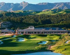 Masters at Moorpark Country Club: luxury new homes in Moorpark, CA