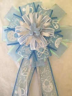 Baby Shower Corsage Baby Girl Baby Boy Baby Shower Favors Mom to be Baby Shower Mum, Baby Shower Badge, Angel Baby Shower, Baby Shower Deco, Baby Shower Balloons, Baby Shower Favors, Baby Shower Themes, Baby Shower Gifts, Shower Ideas
