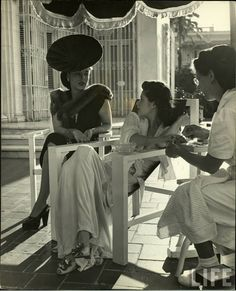 Photography by Nina Leen, 1946