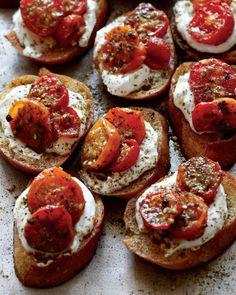 Maureen's Za'atar Roasted Tomato Crostini with Labneh | via Team Yogurt from @maureenabood