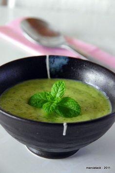 De quoi ravir les fanas de courgette. Cette soupe se fait en quelques minutes !