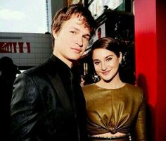 Ok, if you love divergent and TFIOS you will probably have noticed that Gus is Caleb and Hazel is Tris