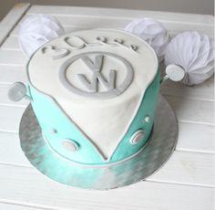 Feines Handwerk: VW Retro Camper Torte zum 30. Geburtstag!