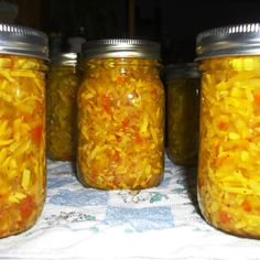 Yellow Squash Relish Recipe Process in water bath - 25 min for 6000 ft - makes about 5 pints health fitness; Yellow Squash Relish Recipe, Squash Relish Canning Recipe, Canning Yellow Squash, Canning Squash, Zucchini Relish, Pickled Squash Recipe, Freezing Yellow Squash, Zucchini Bread, Summer Squash Recipes
