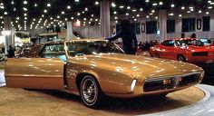 Saturn II… Ford's Thunderbird-based 1969 Prototype Show Car