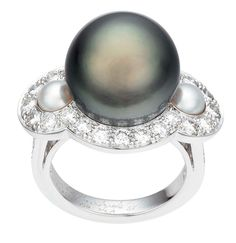 Van Cleef & Arpels Bora Bora ring in white gold, with a grey cultured pearl and diamonds (£POA).
