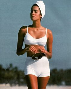 Yasmeen Ghauri ☆ Join our Pinterest Fam: @SkinnyMeTea (144k+) ☆ Oh, also use our code 'Pinterest10' for 10% off your next teatox ♡