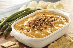 Mix, heat and serve. That& all you have to do to get this cheesy-bacon hot dip on the table. It& a party-pleasing appetizer that& as easy as Kraft Recipes, Dip Recipes, Cheese Recipes, Appetizer Recipes, Cooking Recipes, What's Cooking, Bacon, Cheddar, Recipe Filing