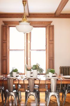 Dining room makeover with GE reveal® LED lighting and a $100 budget at Target. #sponsor