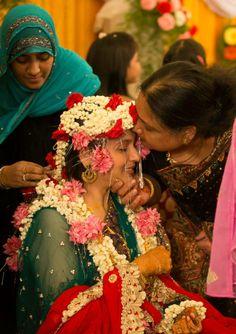 © PhotoStrophe #Photostrophe #Wedding #Photography #weddingphotography #videography #cinematography #chennai #india #candid #candidphotography #shukrana #emotionalmoment