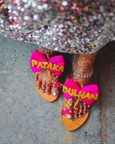 Love and sparkles and pop of colours an ingredient for a fun brewed Mehendi. Bridal Flats, Bridal Footwear, Big Rangoli Designs, Mehndi Outfit, Pre Wedding Poses, Mehndi Brides, Bride Sister, Big Fat Indian Wedding, Indian Wedding Decorations