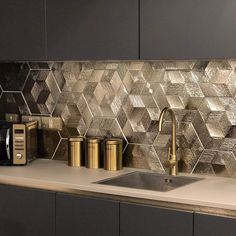 Add the midas touch into your interiors with these Gold Ore Hexagon Tiles. Part of our selection of Elation Textured Hexagon Tiles, they're suitable for use . Kitchen Pantry Design, Luxury Kitchen Design, Luxury Kitchens, Home Decor Kitchen, Interior Design Kitchen, Kitchen Organization, Kitchen Ideas, Tuscan Kitchens, Eclectic Kitchen