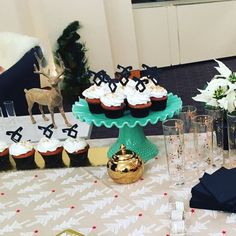Yummy ShadowHunters cupcakes!