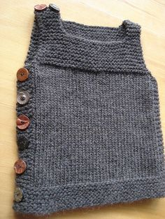 i learned to knit properly! ha ha well, i don't know if i could knit much else but i can make this vest! i'm so pleased with how it turned out that i've started another, slightly larger one, already! www.ravelry.com/projects/toastclothing/pebble-hen Vest Girl Collection | Black vest fur vest | latest vest collection | show more collection at http://iwearmema.com