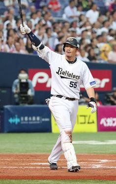 オリックスのT―岡田にサンタクロースがやってきた!