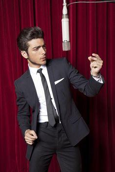 #ilvolo #sexy #italian #boy #gianlucaginoble #GianlucaGinoble #gianlucaginoble #Ginoble #ginoble #IlVolo