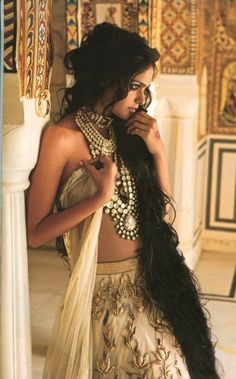 Jewelry #lehenga #choli #indian #shaadi #bridal #fashion #style #desi #designer #blouse #wedding #gorgeous #beautiful