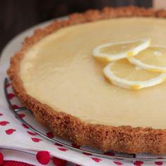 Tarta de Limón Rapidísima Sweet Pie, Sweet Tarts, Pie Dessert, Dessert Recipes, Delicious Desserts, Yummy Food, Tapas, Sweet Recipes, Granola