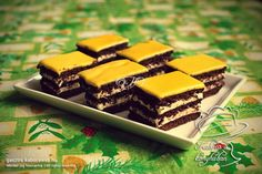 Kakaós lapos Cake Bars, Hungarian Recipes, Hungarian Food, Cake Cookies, I Foods, Food And Drink, Baking, Sweet, Desserts