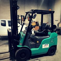 Do you want to purchase a forklift, but running out on a budget? Well, don't worry, you can still find your favourite forklift but purchasing used forklifts. Read this blog to know how you can benefit by purchasing #second-hand #forklift from #sale.