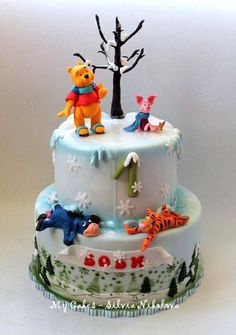 Pooh and Friends Winter Cake Cake by marulka_s