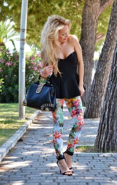 These 5 Gorgeous Floral Pant Outfits For Spring Summer