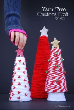 Yarn Tree Christmas Craft idea by One Creative Mommy   The best ever kids Christmas Craft Ideas. So many fun ideas to get the kids involved in the holiday fun! #christmascrafts #ChristmasCraft #easychristmascrafts #easychristmasideas #KidsCrafts