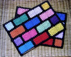 Crochet pacemat with rustic cotton yarn. Crochet Square Blanket, Crochet Ripple, Crochet Square Patterns, Rainbow Crochet, Crochet Stitches Patterns, Thread Crochet, Crochet Designs, Crochet Yarn, Crochet Table Mat