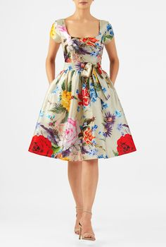 A sash-tie belt beautifully cinches in the banded waist of our feminine floral print polydupioni dress styled with a princess seamed bodice and ruched pleat skirt for full flare. Casual Dresses For Women, Cute Dresses, Clothes For Women, Party Wear Frocks, Dress Outfits, Fashion Dresses, Sixties Fashion, Tie Dress, Crepe Dress