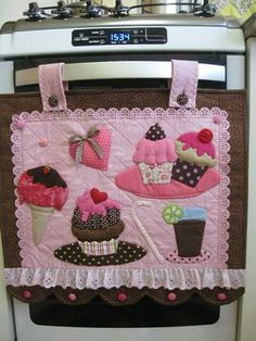 Cute ideas for a pretty decorative covering for the oven.