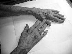 Les mains de Louise Bourgeois