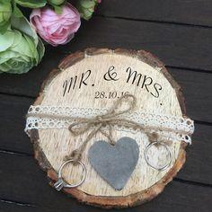 Ringkissen - Baumscheibe Ringkissen Rustikal Vintage Hochzeit - ein Designerstück von CraftsandDeco bei DaWanda