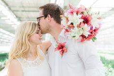 Highschool Sweethearts Daniëlle en Bart trouwen. #mwbd #lelie #NathalieFasé #AnouschkaRokebrand #ThePerfectWedding