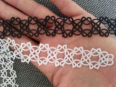 This is what I like with tatting: thre is always something to discover, to test, to try. It is not only the calming effect. How many times d...